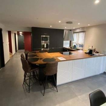 Rénovation complète et harmonisation des couleurs d'un appartement